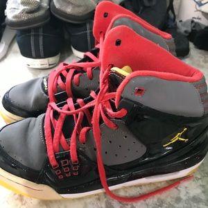 Jordan's hightop boys shoes good condition